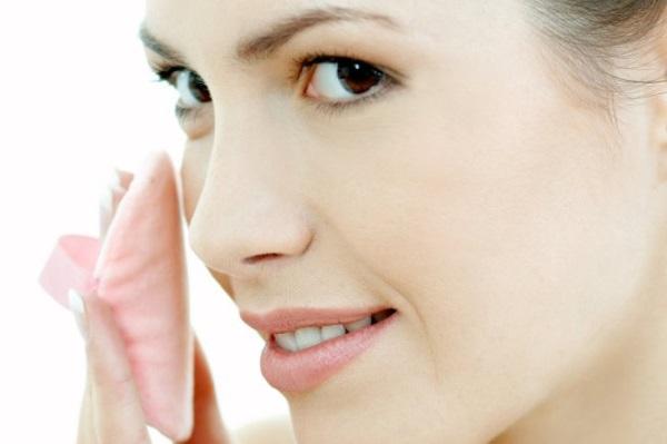 Desmaquillar la piel,hacerlo correctamente