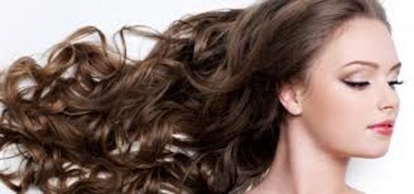 Las máscaras para los cabellos con la alheña y el aceite de bardana para el crecimiento de los cabel