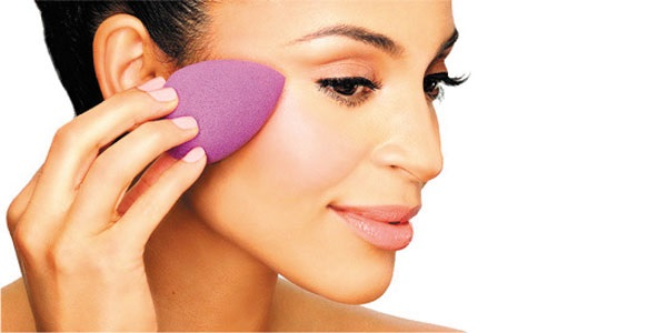 Beauty blenders, las esponjas de maquillaje de moda