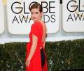 Emma Watson con escote en la espalda