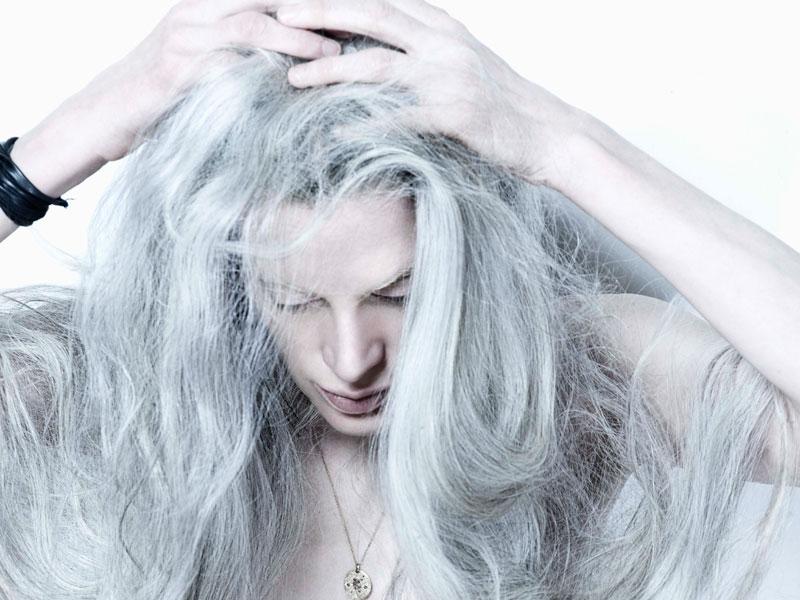 Pelo gris, marcando tendencia