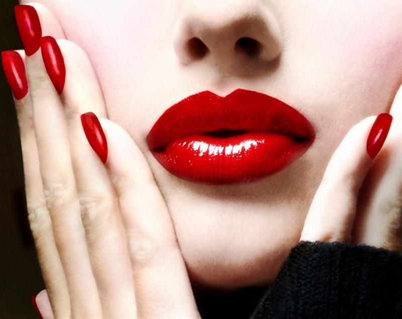 Maquillaje de labios gloss o mate, elige sabiamente