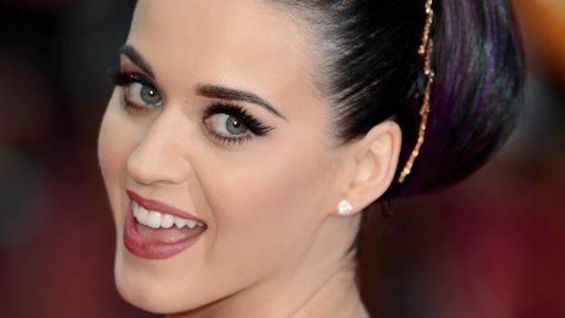 Trucos de Maquillaje para lucir unos ojos más grandes