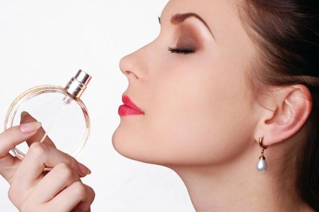 Perfume, cómo usar tu fragancia adecuadamente